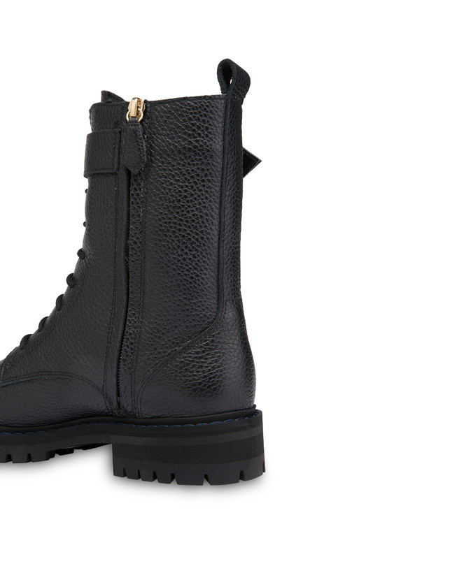 Buckle Notes combat boots in tumbled calfskin Photo 5